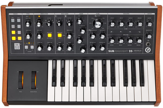 Moog Subsequent 25 0